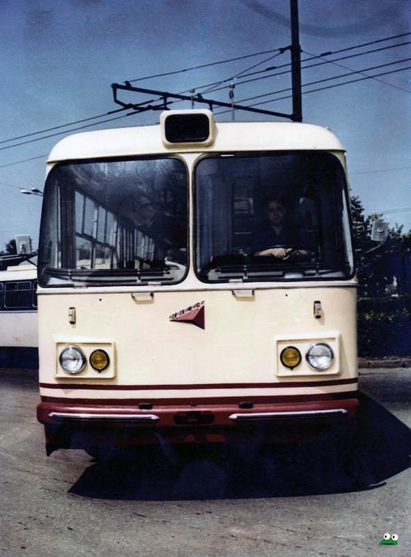 Первые троллейбусы. Изображение № 44.