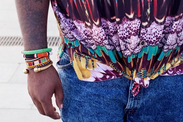 Пестрые рубашки и темные очки: Посетители фестиваля Sonar 2012. Изображение № 9.