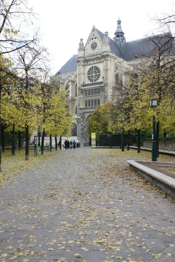 A Paris. Заметки путешественника. Изображение № 33.