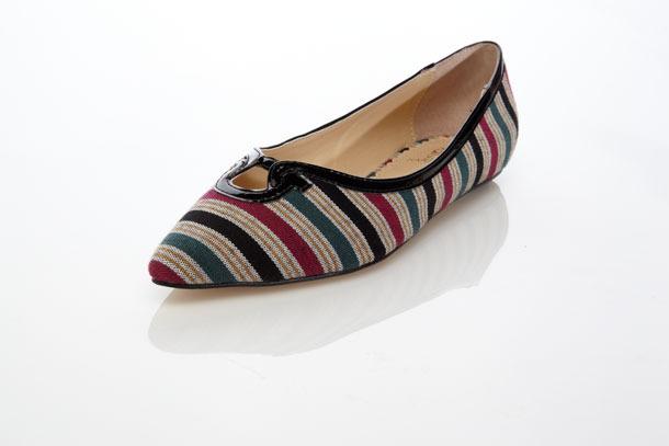 Айрис Апфель выпускает коллекцию обуви. Изображение № 5.