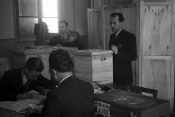 100 лет выборов в документальных фотографиях. Изображение № 15.