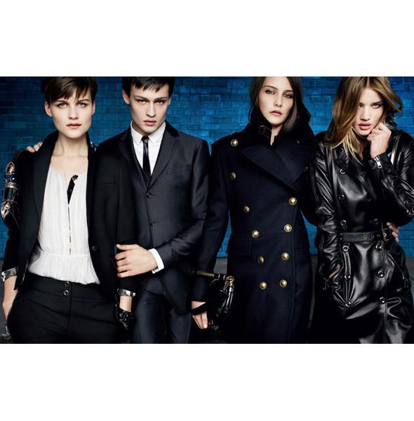 Рекламные кампании: Burberry, Louis Vuitton, Tom Ford. Изображение № 5.