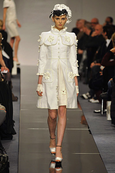 Chanel Spring 2009 Haute Couture. Изображение № 56.