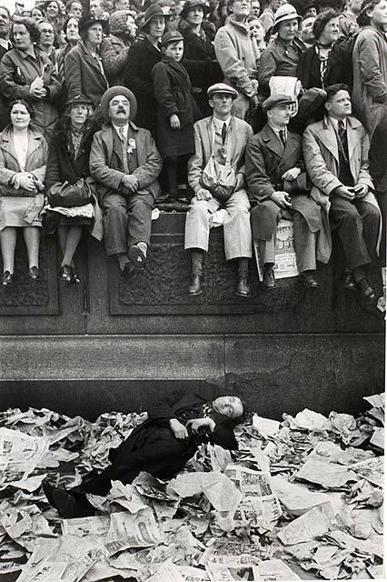 Работы французского фотографа Henri Cartier-Bresson. Изображение № 8.