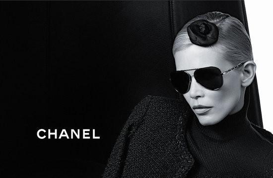 Изображение 1. Клаудия Шиффер снялась в рекламе очков Chanel.. Изображение № 1.