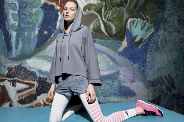 Лукбуки: H&M, Zara, Urban Outfitters и другие. Изображение №135.