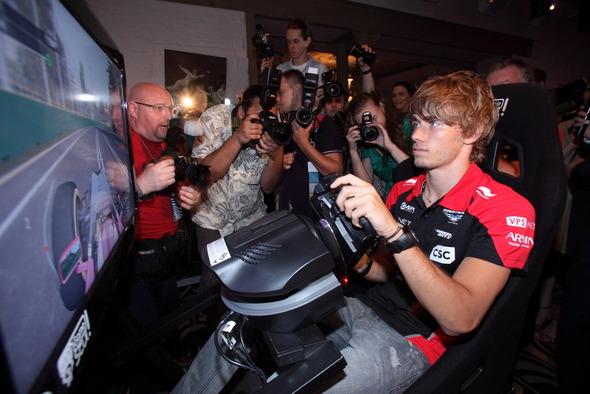 В Москве состоялась вечеринка российской гоночной команды Marussia F1 . Изображение № 3.
