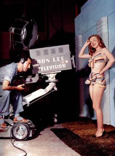 Изображение 7. Marilyn Monroe, pin-up girl.. Изображение № 18.