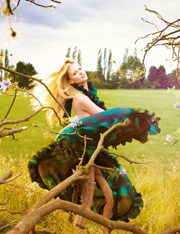 Новые съемки из Dazed & Confused, Love и Vogue. Изображение № 53.
