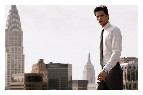 Превью мужских кампаний: Moschino, Y-3 и DKNY. Изображение № 4.