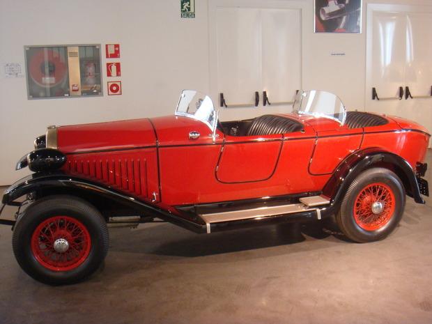 Испанский музей ретро-автомобилей. Изображение № 13.
