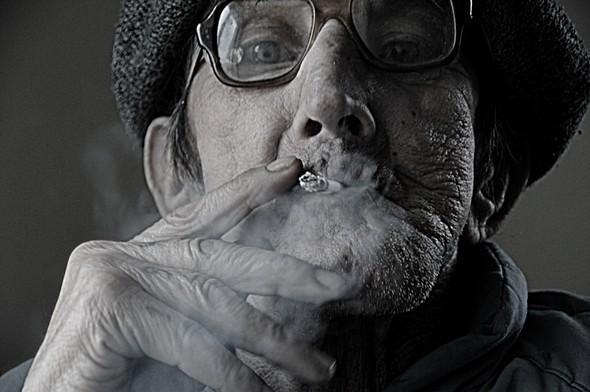 Elderly. Изображение № 7.