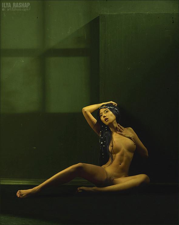 Фотограф Илья Рашап: ню-ансы красоты. Изображение № 7.