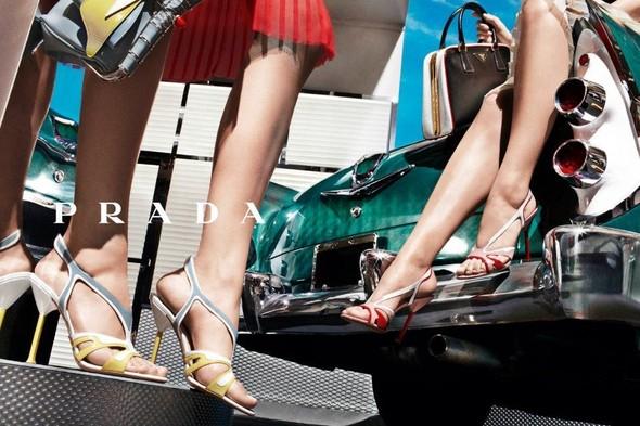 Кампания: Prada SS 2012. Изображение № 22.