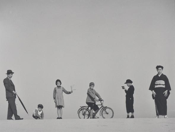 Еще восемь фотографов сюрреалистов. Изображение № 81.