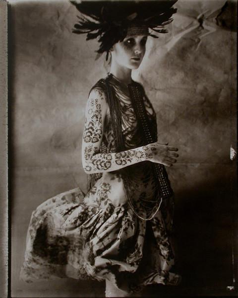 Сара Мун, фотограф: «Мода всегда будет продавать мечты — приземленные и возвышенные». Изображение №3.