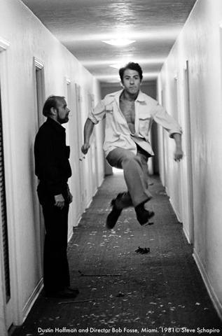 Дастин Хоффман и Режиссер Боб Фосс, 1981. Изображение № 15.