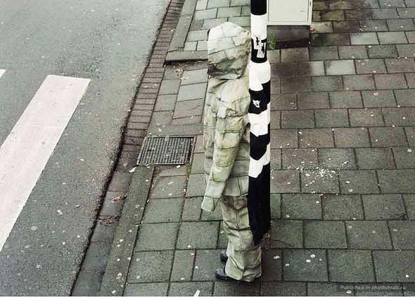 Дисайр Палмен.Человек-хамелеон. Изображение № 6.