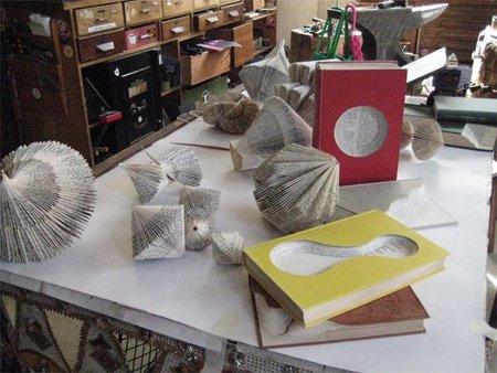 Книжные скульптуры отNicholas Jones. Изображение № 8.