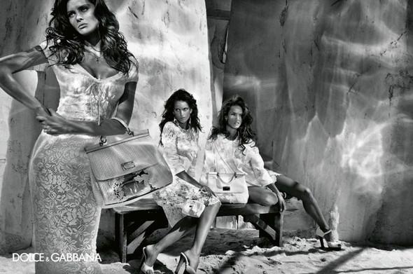 Изображение 15. Рекламные кампании: Lanvin, Prada, Balenciaga и другие.. Изображение № 21.