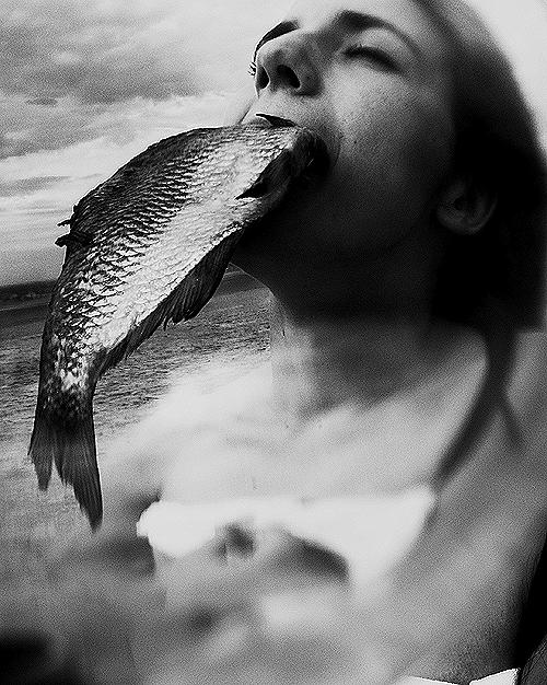 ЮляНиконова «Рыбы нельют слез, онивних живут». Изображение № 7.