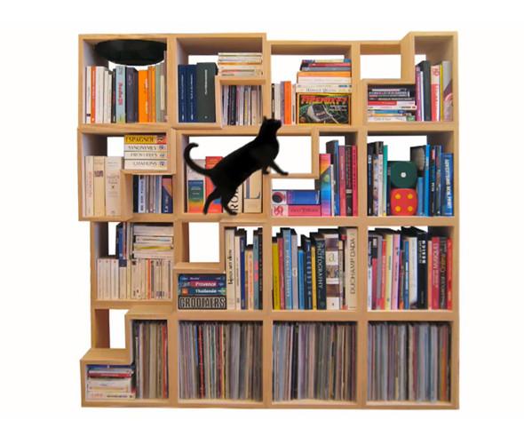 Книжная полка «Кошачья библиотека» бельгийского дизайнера Корентин Домбрехт. Изображение № 48.
