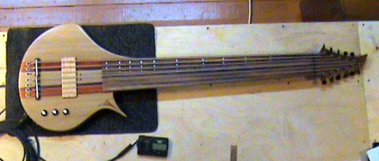 Необычные бас-гитары prt.2. Изображение № 16.