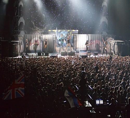 Изображение 1. IRON MAIDEN продали в России билетов больше, чем на 2 миллиона.. Изображение № 2.