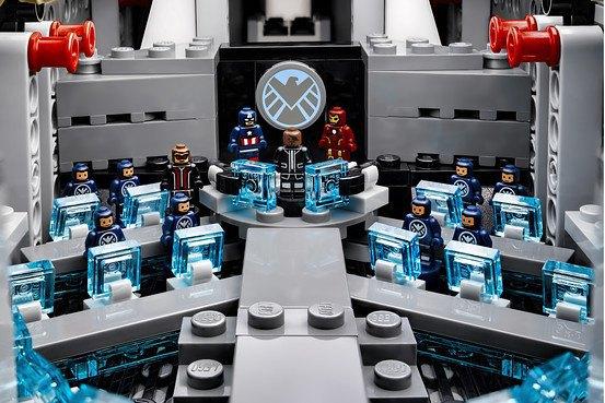 Lego показала набор Shield Helicarrier. Изображение № 2.