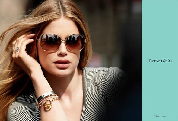 Кампания: Даутзен Крус для Tiffany & Co. Изображение № 1.