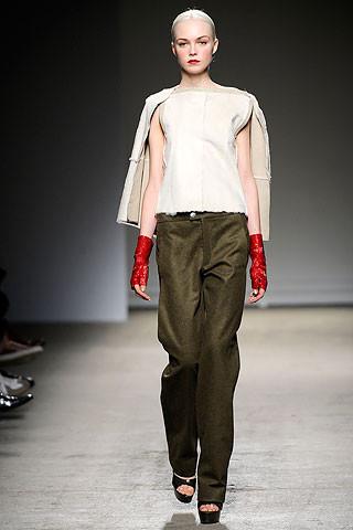 Thimister Haute Couture FW 2010. Изображение № 28.