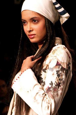 Индийские модели. Изображение № 24.