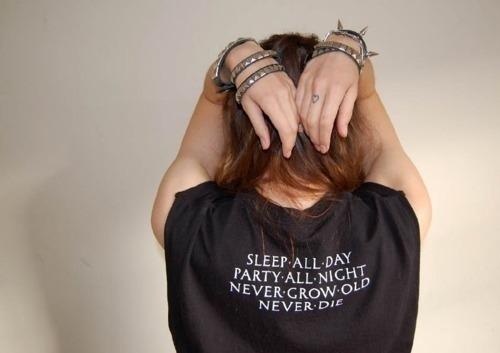 55 забойных надписей для твоей футболки. Изображение № 38.