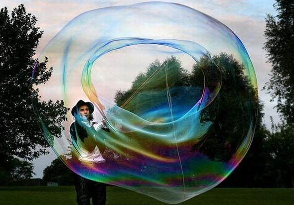 Самый большой вмире мыльный пузырь. Изображение № 8.