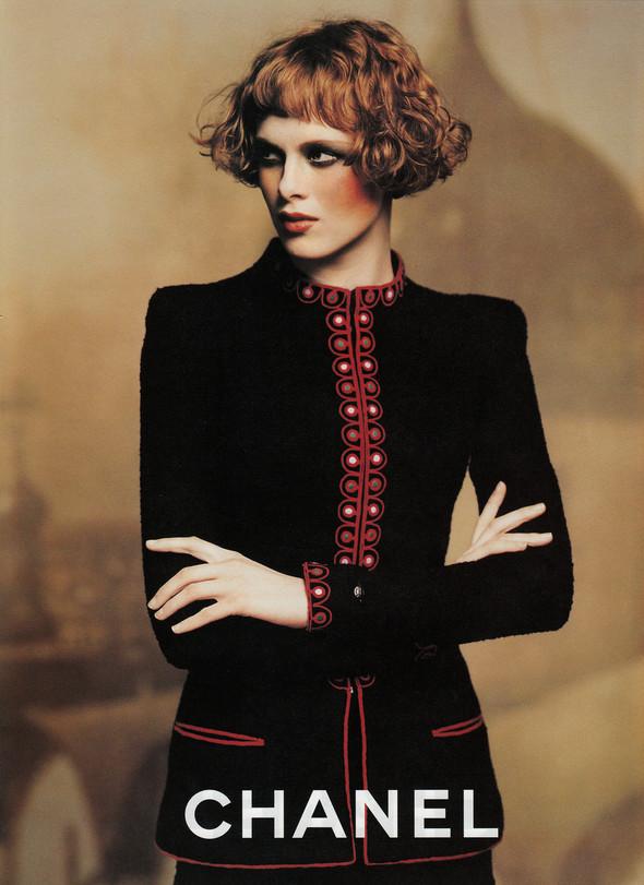 Архивная съёмка: Карен Элсон для кампании Chanel за 1997 год. Изображение № 8.