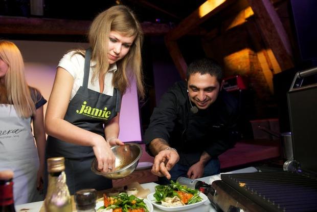 В ресторане Река прошел «оранжевый» кулинарный мастер-класс и ужин. Изображение № 4.