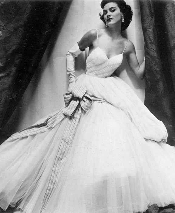 Henry Clarke:фотография haute couture. Изображение № 4.