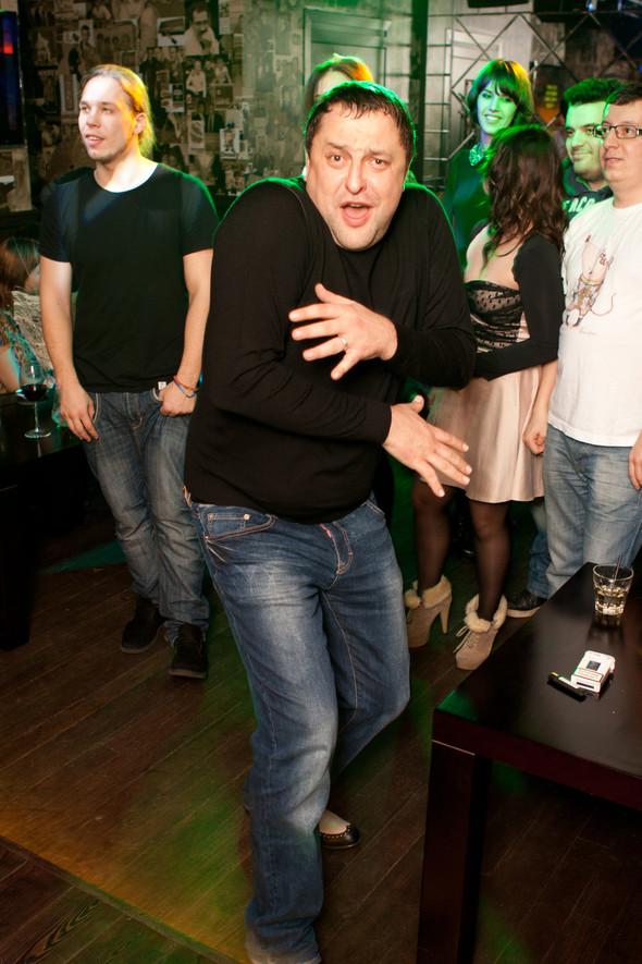 Презентация клипа группы Т9 «На расстоянии любви» в «Руки Вверх bar. Изображение № 18.