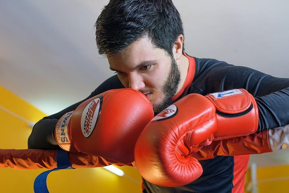 Спортивный босс: Евгений Хитьков (хостелы «Мир», коворкинг Gnezdo) — Как это работает на The Village