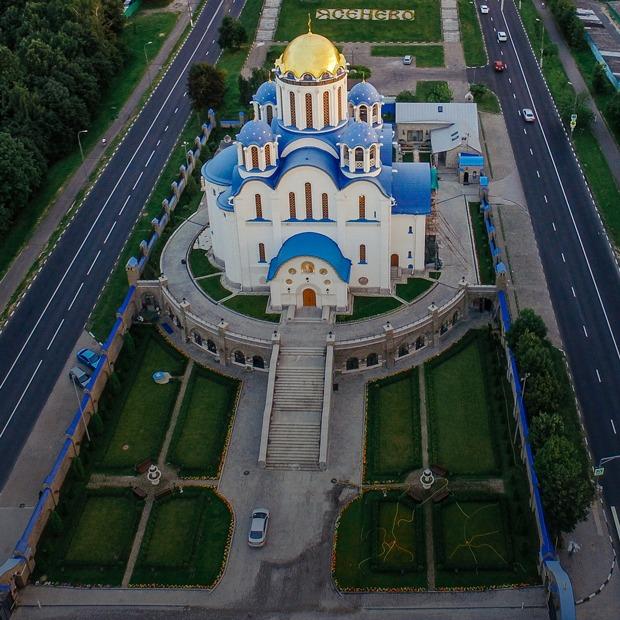 «К чему дорога, если она не приводит к храму?»: Хватает ли Москве церквей — Москва в цифрах на The Village