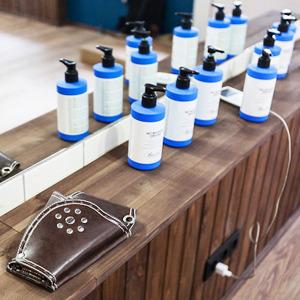 Можно покороче: 5необычных парикмахерских в Петербурге — Сервис на The Village