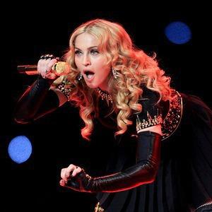Святая, Мадонна: Видеослежка, плакаты и телефонный терроризм — События на The Village