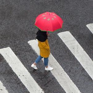 9 цветных зонтов — Съёмки на The Village