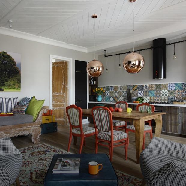 Просторная квартира на Цветном бульваре с балийскими мотивами — Квартира недели на The Village