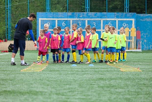 Чему учат в детской футбольной школе во Владивостоке — Как это работает на The Village