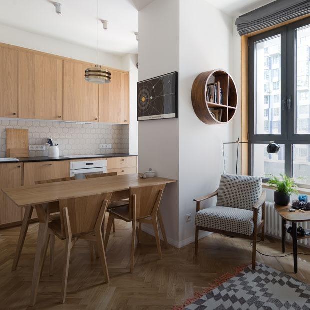 Дерево, стекло и рок: Квартира со столярной мастерской на Береговом — Квартира недели на The Village