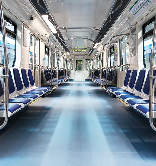 Фото дня: Бесшумный поезд Нева — Город на The Village