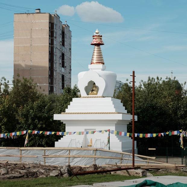 Буддийская ступа в Отрадном