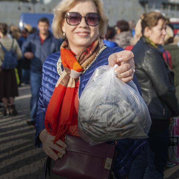Как в Новороссийске проходил первый фестиваль черноморской рыбы «Хамса»  — Фоторепортаж на The Village
