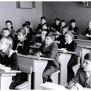 Все школы Москвы закрылись на карантин — Ситуация на The Village